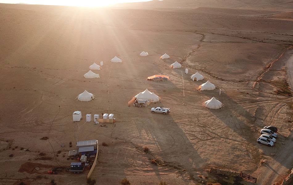Glow-Glamping-Exo-Friendly-Luxury-Camping (3)