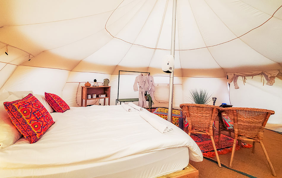Glow-Glamping-Our-suites-ts2950X600