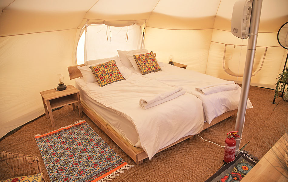 Glow-Glamping-Unique-Luxury-Tents (1)