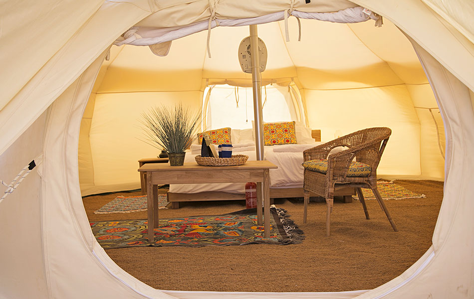 Glow-Glamping-Unique-Luxury-Tents (5)